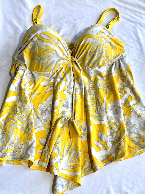 Cacique yellow tankini top with built in bra. Size 40 D