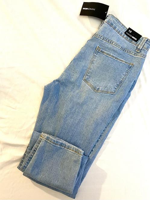 Light denim Fashion Nova skinny jeans, sz 15