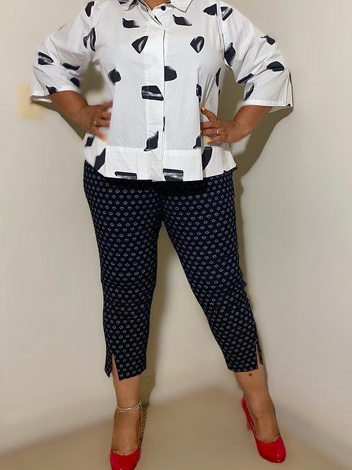 White cotton box blouse with geo print size 2X