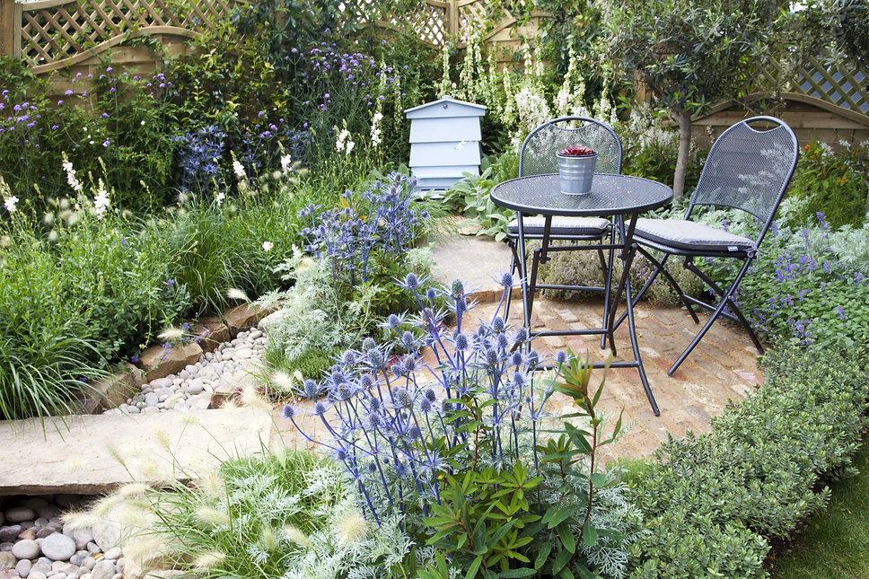 french style small garden.jpg