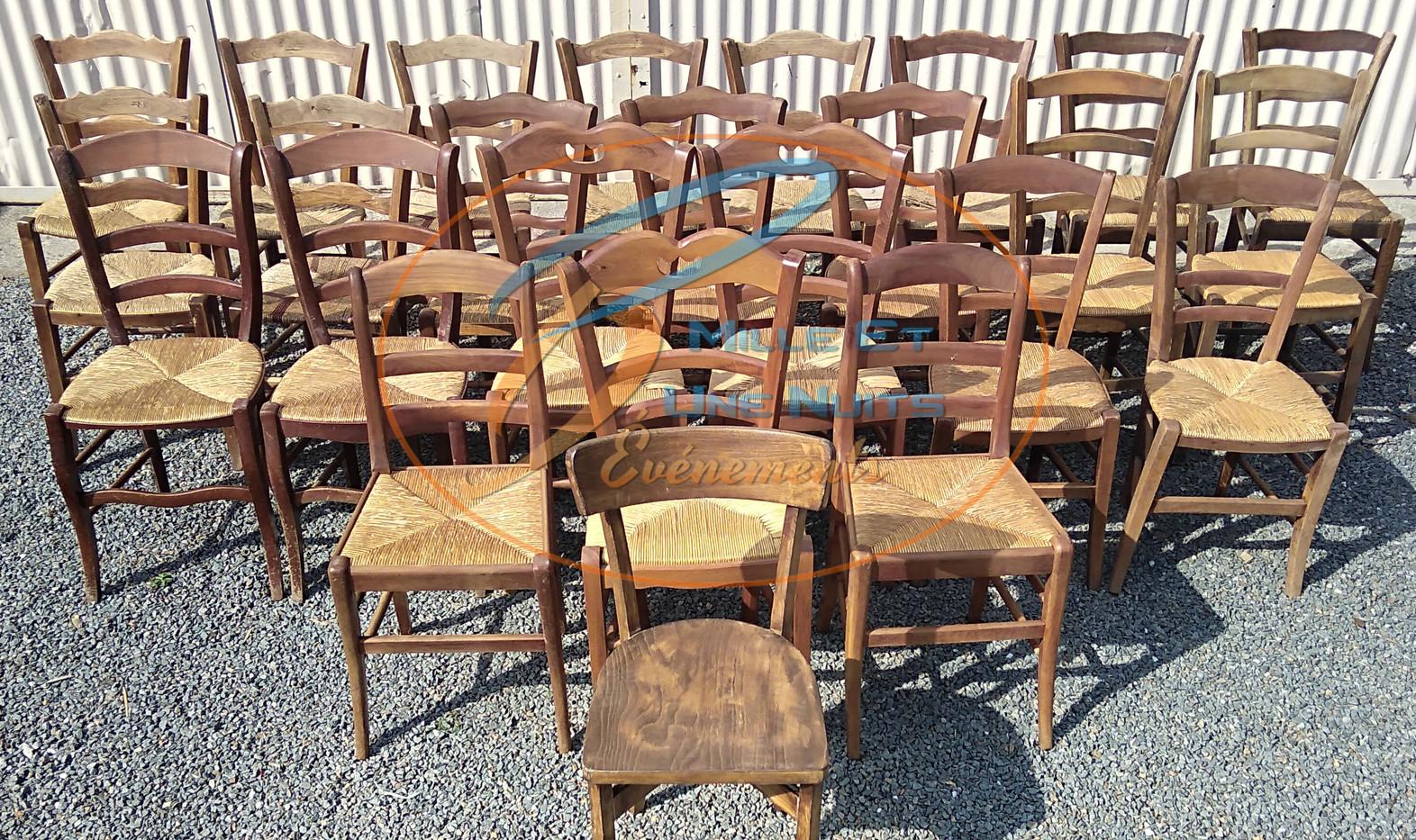 Chaise en bois Dépareillée