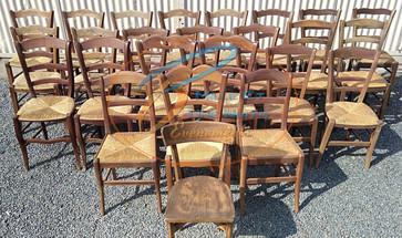 Location chaise en bois Dépareillée
