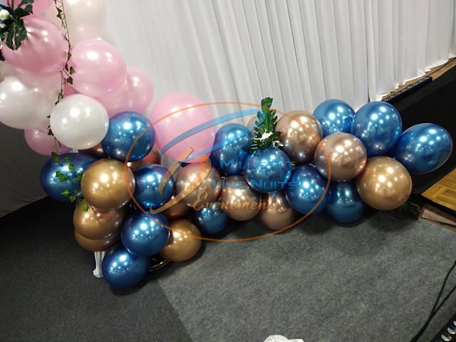 Arche de Ballon déstructurée Mariage: Décoration Ballon en Bretagne (ille et vilaine, Fougères, Rennes, Vitré), Normandie, Pays de la loire