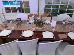 Location Table en bois, chaise en bois, chaise pvc, housse de chaise, vaisselle en Ille et vilaine 35...