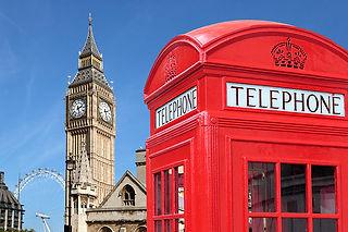 londoner-telephone-booth-and-wetminster.jpg