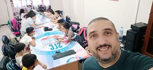 M. Hammouda et ses élèves de 4ème primaire