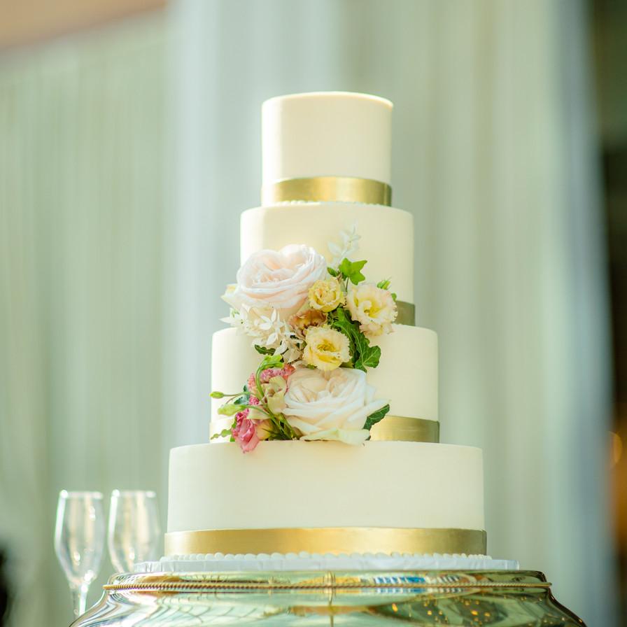 Kasey + Mark cake flowers