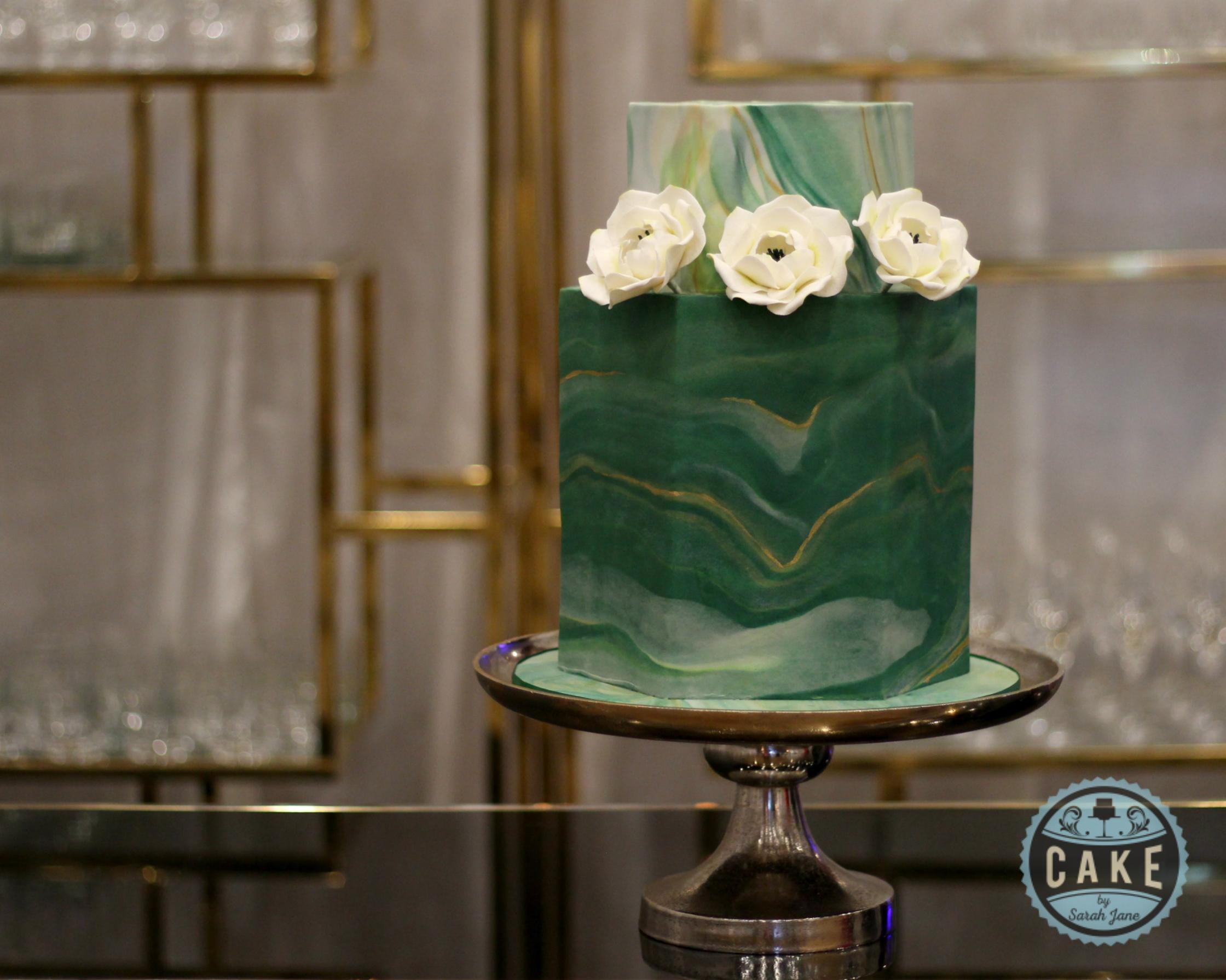 Emerald Green Wedding Cake White Roses Marble