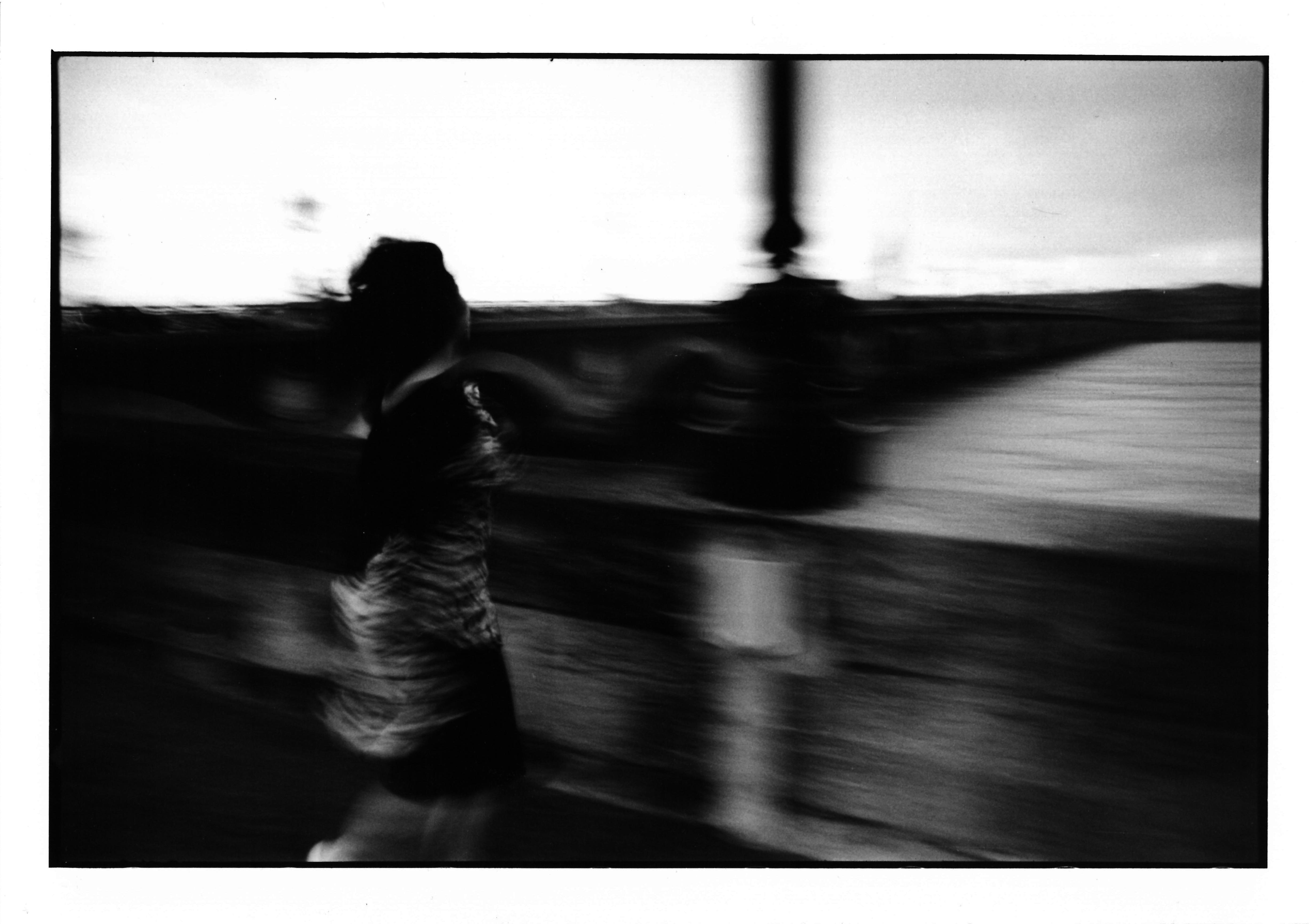 Pont-De-Pierre-02.jpg