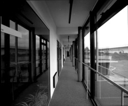 Médic.-CM Lorm-Couloir N&B.jpg