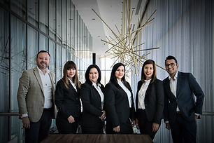 business-career-confidence-776615.jpg