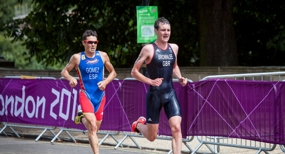 Alistair Brownlee and Javier Gomez in the London 2012 Olympics Men's Triathlon event at Hyde Park. London, UK.