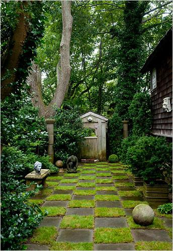 Detail, Dianne Blell Garden, 2009