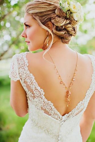 Украшение для открытой спины невесты