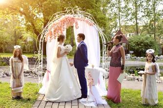 Организация свадьбы: выездная регистрация брака