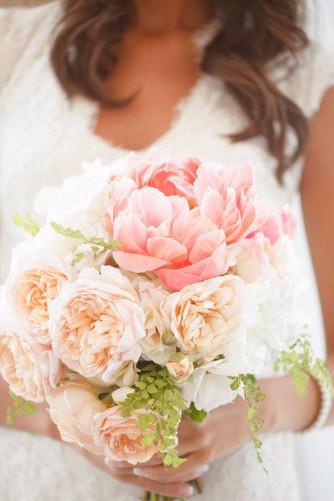 Букет невесты: пионы