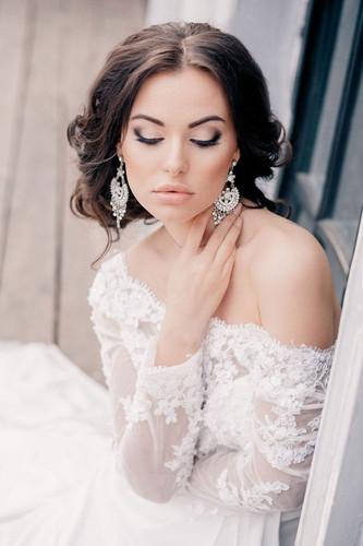 Классический свадебный макияж невесты
