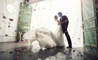 Идеи свадебной фотосессии в студии