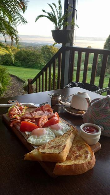 breakfast_tft_deck.jpg