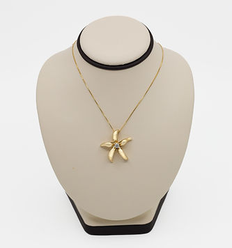 14K-Yellow-Gold-Diamond-Starfish-Necklac