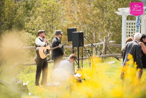 nh-wedding-photography-kiss-the-bride-wedding-photography-9.jpg