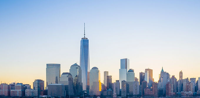 High profile and sensitive site setting new standards of design and construction, including One World Trade Center, the new icon of the New York skyline.
