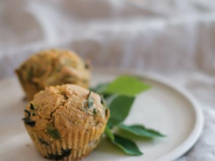 Polenta-Muffins mit Giersch – oder Spinat