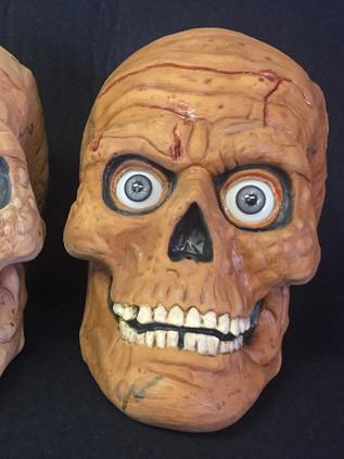Rotting Skull props 1