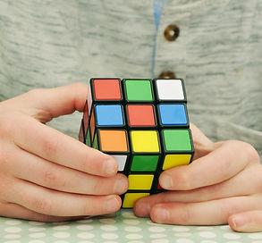 magic-cube-1976725_1920.jpg