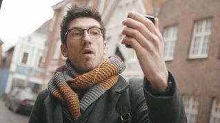 Samsung Galaxy Z Flip - Cinematic Review