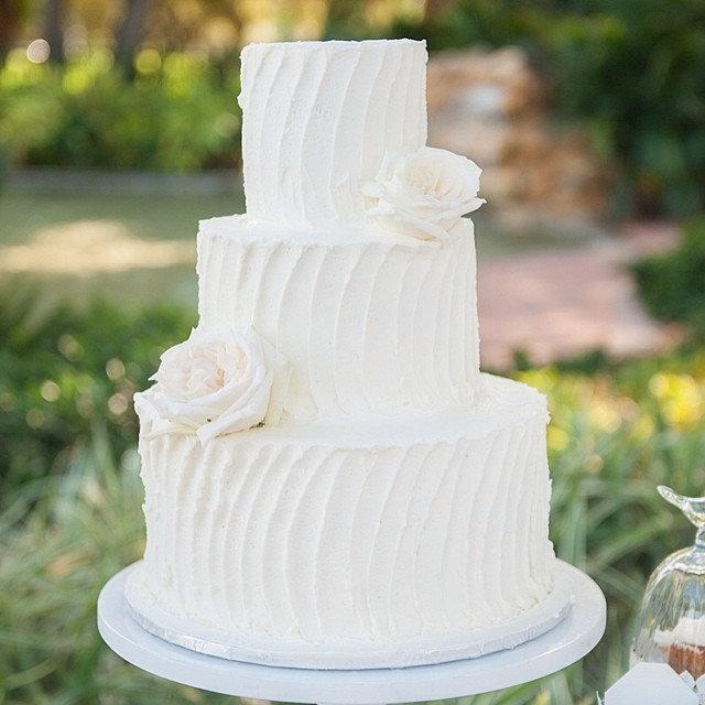 WEDDINGCAKE5.jpg