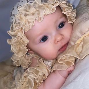 Stunning little Aria