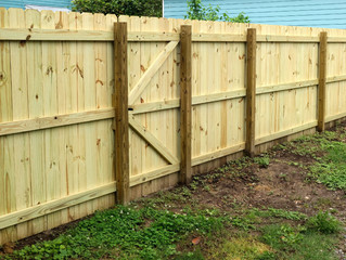 Good Fences Make Good Neighbors: The Top Signs You Need a New Fence