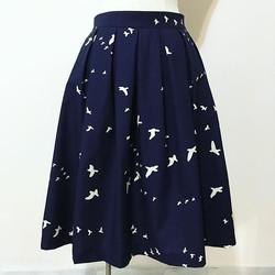 Birds pleated skirt