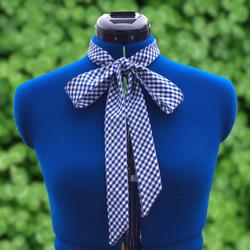 Women's bow tie