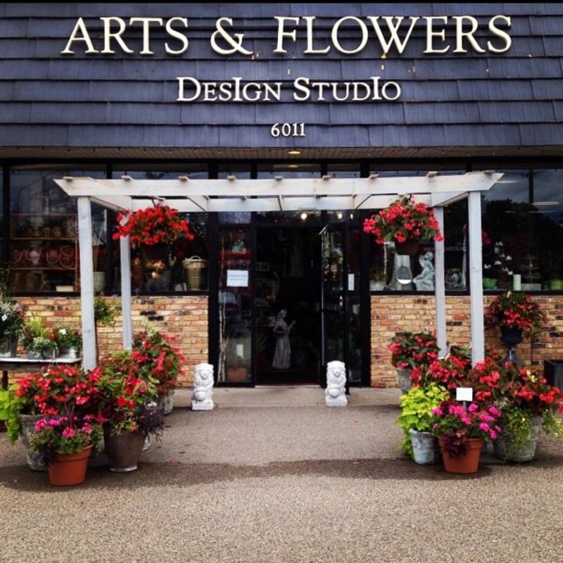 Arts & Flowers Design Studio