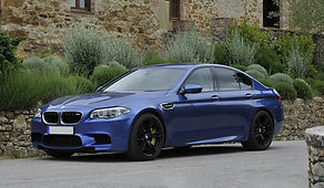 BMW M5 hybrid turbo