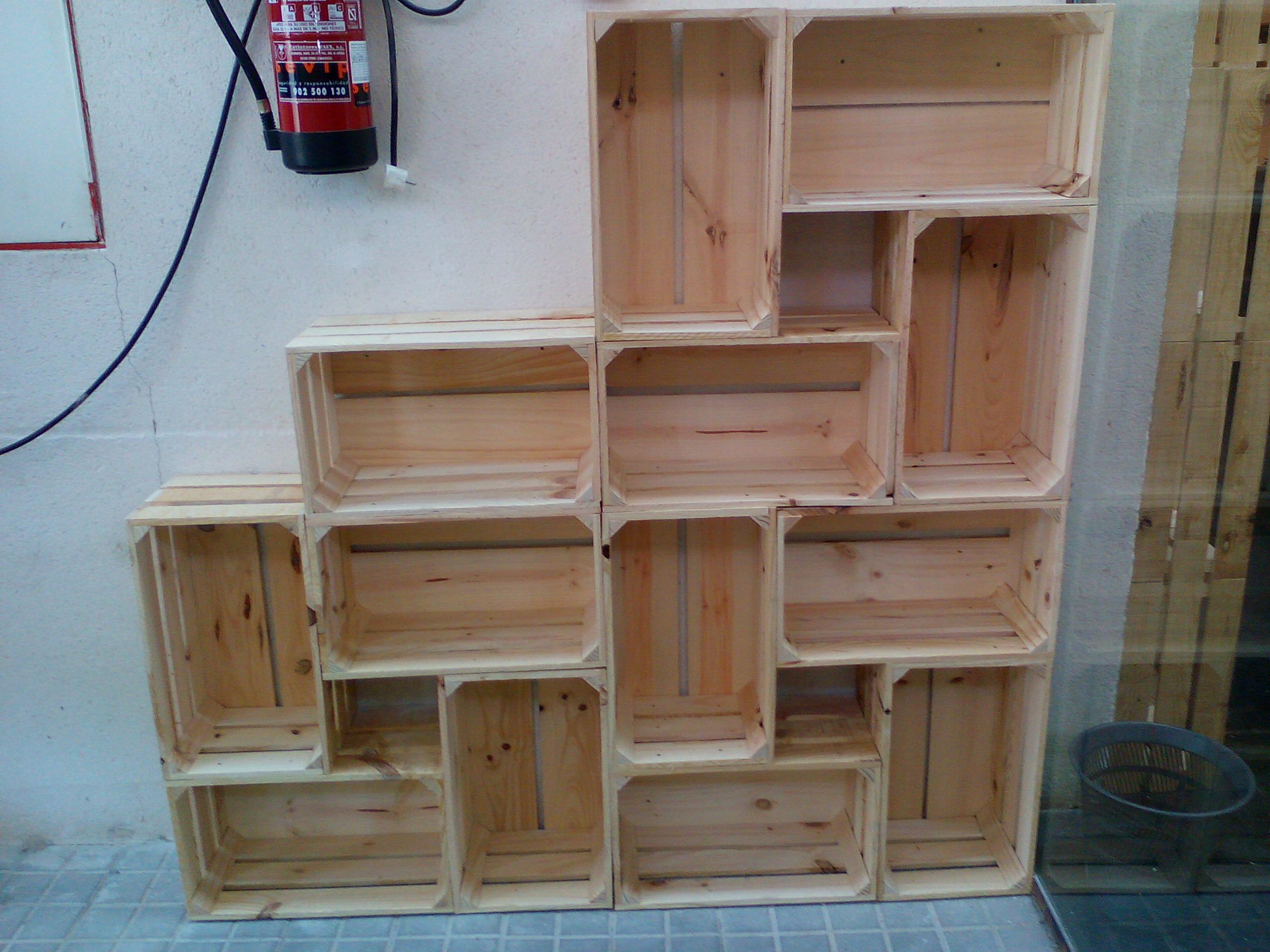 Estanter as cajas madera natural for Estanterias con cajas de madera