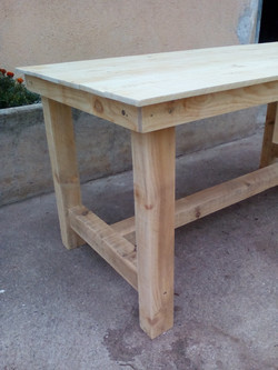 Mesa rústica madera