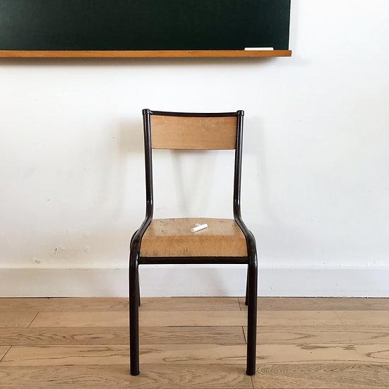 Chaise d'école maternelle vintage
