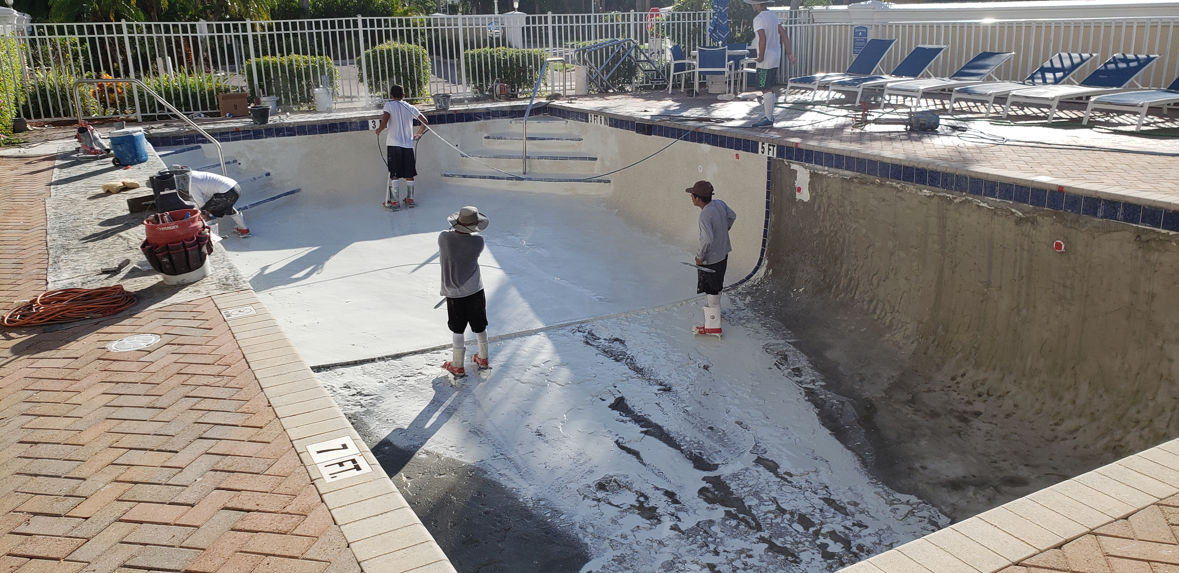2019-07-24 Pool Resurfacing (33)