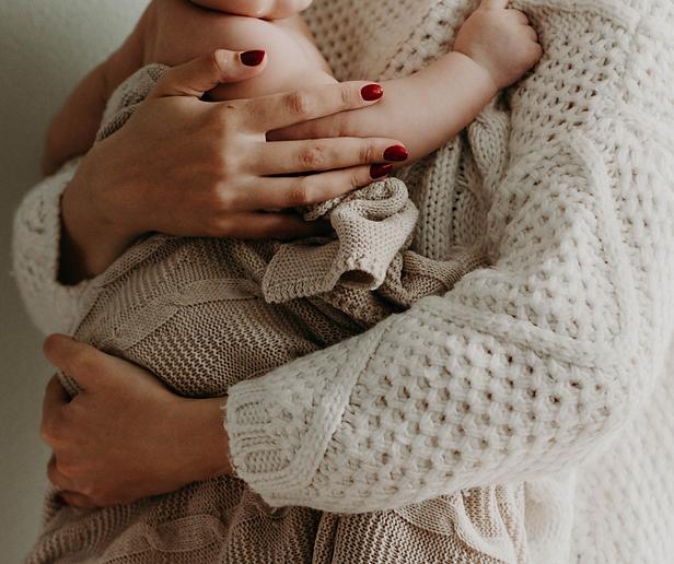 סדנה לאמהות בחופשת לידה קבוצת ליווי התפתחותי ומיינדפולנס לאמהות לקטנטנות ולקטנטנים 3-0 שנים