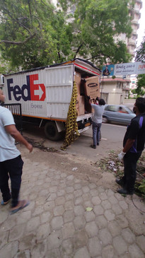Arrival of the Oxygen concentrators at the Janvikas Office.