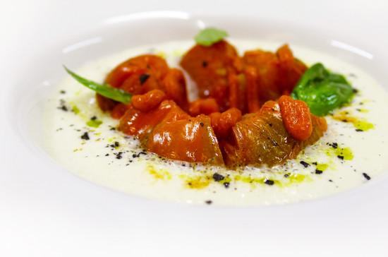 Ensalada de Tomates Asados con Espuma de Burrata