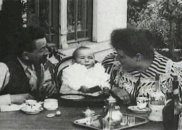 La Comida Del bebé - Lumiére