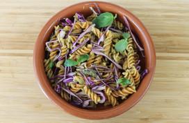 Pasta Integral con Pesto de Calabacín y Lombarda