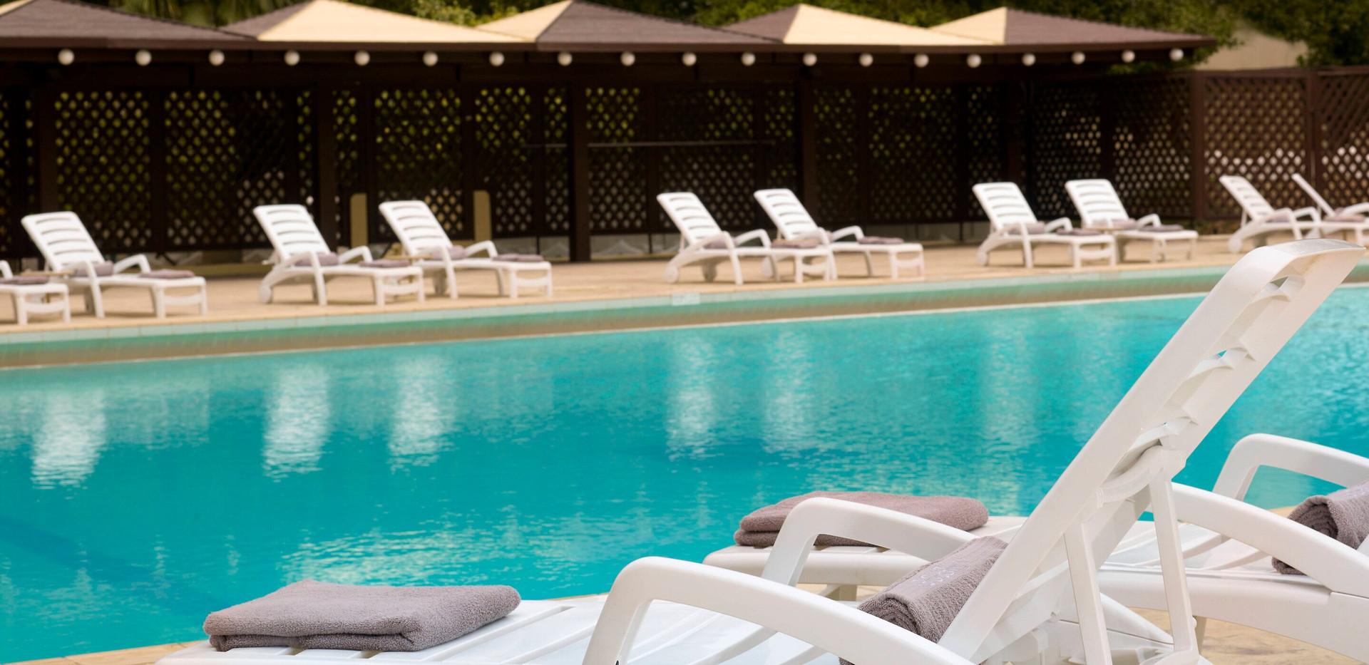 dhamd-pool-9826-hor-wide.jpg