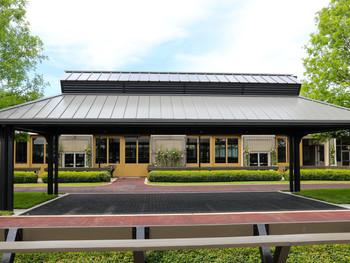 Fasig Tipton Pavilion 003.jpg