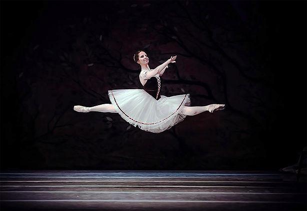 About Julia_ballet_imagem2.jpg