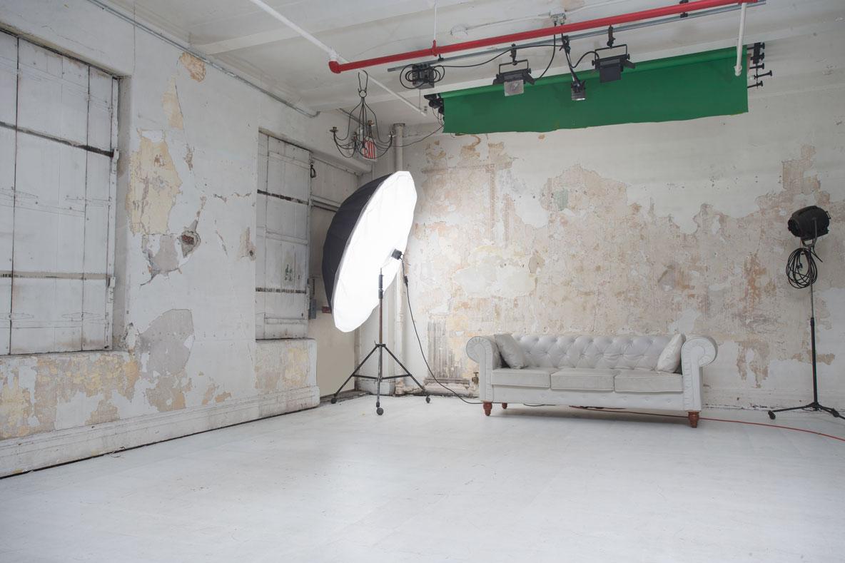 Whole Studio